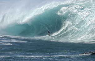 Red Bull\'s New Surf Commercial Series