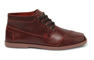 TOMS+ Oxblood Leather Ridge Men\'s Botas ($140)