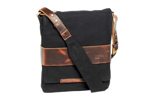 NIXON PORT MESSENGER BAG ($120.00)