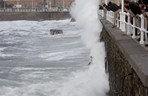 Surfers and Bodyboarders Get Crushed During High Tide