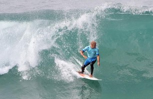 Kelly Slater And Dane Reynolds Lead Amazing Quarterfinal Matchups at Nike US Open of Surfing Photo 0002
