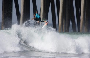 Kelly Slater And Dane Reynolds Lead Amazing Quarterfinal Matchups at Nike US Open of Surfing Photo 0004