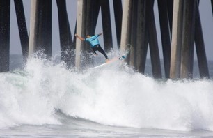 Kelly Slater And Dane Reynolds Lead Amazing Quarterfinal Matchups at Nike US Open of Surfing Photo 0005