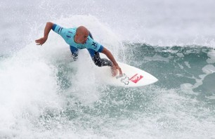 Kelly Slater And Dane Reynolds Lead Amazing Quarterfinal Matchups at Nike US Open of Surfing Photo 0006