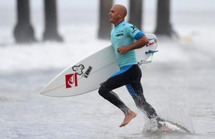 Kelly Slater And Dane Reynolds Lead Amazing Quarterfinal Matchups at Nike US Open of Surfing Photo 0012