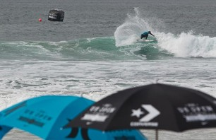 Kelly Slater And Dane Reynolds Lead Amazing Quarterfinal Matchups at Nike US Open of Surfing Photo 0014