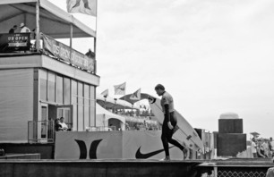 Kelly Slater And Dane Reynolds Lead Amazing Quarterfinal Matchups at Nike US Open of Surfing Photo 0017