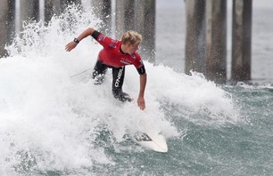 Kelly Slater And Dane Reynolds Lead Amazing Quarterfinal Matchups at Nike US Open of Surfing Photo 0018
