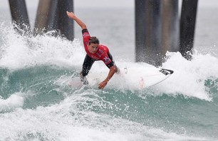 Kelly Slater And Dane Reynolds Lead Amazing Quarterfinal Matchups at Nike US Open of Surfing Photo 0020