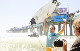 Julian Wilson Wins Nike US Open of Surfing Photo 0001