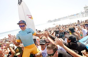 Julian Wilson Wins Nike US Open of Surfing Photo 0003