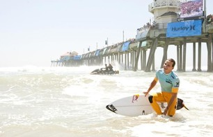 Julian Wilson Wins Nike US Open of Surfing Photo 0005