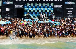 Julian Wilson Wins Nike US Open of Surfing Photo 0006