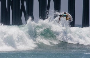 Julian Wilson Wins Nike US Open of Surfing Photo 0007