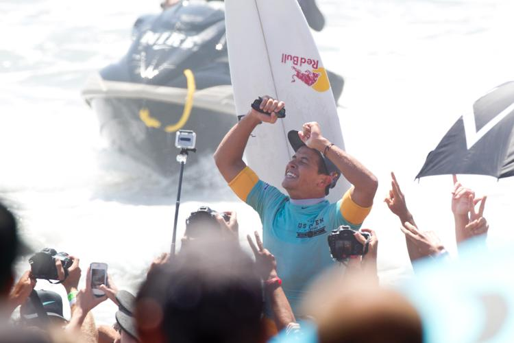 Julian Wilson Wins Nike US Open of Surfing