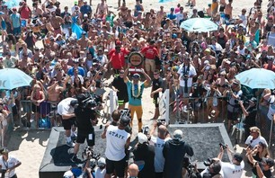 Julian Wilson Wins Nike US Open of Surfing Photo 0010