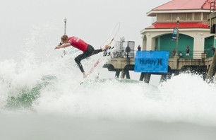 Julian Wilson Wins Nike US Open of Surfing Photo 0025