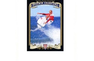 Kelly Slater Has His Own Trading Cards Photo 0005