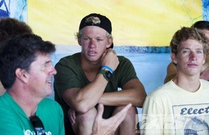 Sebastian Zietz Wins Reef Hawaiian Pro Photo 0002