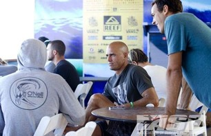 Sebastian Zietz Wins Reef Hawaiian Pro Photo 0005