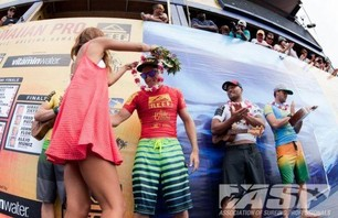 Sebastian Zietz Wins Reef Hawaiian Pro Photo 0011