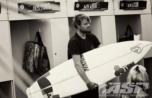 Day One of Quiksilver Pro France is in the Bag Photo 0005