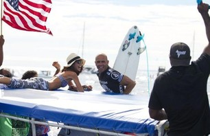 Kelly Slater Wins Volcom Fiji Pro Gallery Photo 0003