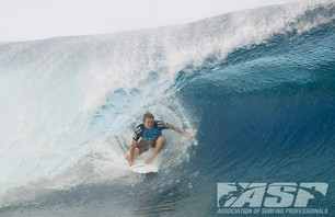 No Major Upsets as Round Two of Billabong Pro Teahupoo Concludes Photo 0005