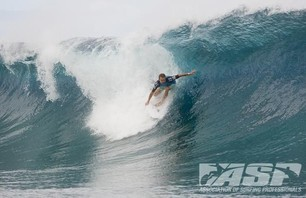 No Major Upsets as Round Two of Billabong Pro Teahupoo Concludes Photo 0006
