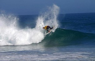 Dane Reynolds Wins Naval Base Ventura County Point Mugu Surf Contest Photo 0003
