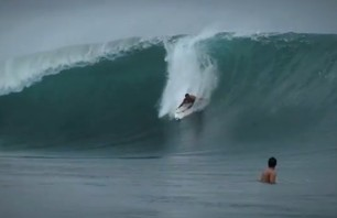 Ryan Hipwood Takes on Teahupoo