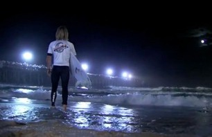 Red Bull Night Surfing Illuminated