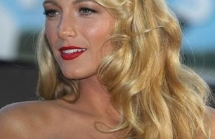 Blake Lively Red Carpet Gallery