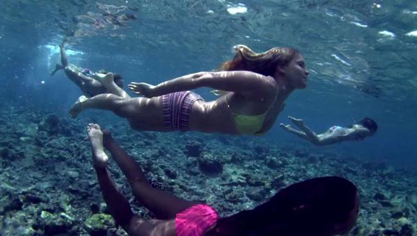 Roxy Team Goes to the Maldives (w/video)