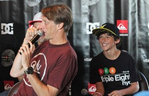 Tony Hawk at NYC\'s Pier 54