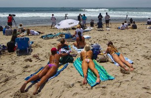 Bikini Beach Babes Just in Time for Memorial Day Photo 0001