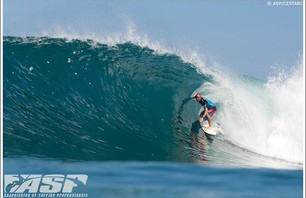 Billabong Pipe Masters - Day 1 Gallery Photo 0004