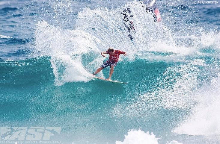2010 Quik Pro Snapper Rocks Look Back Gallery