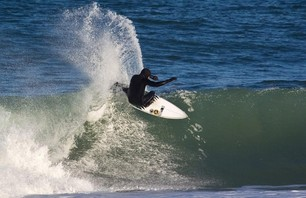 Perfect Winter Surf Along the Outer Banks Photo 0002