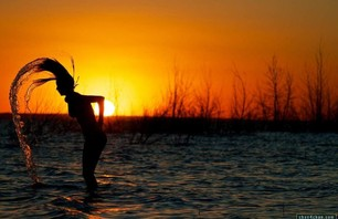Sunset Bikini Silhouette Gallery