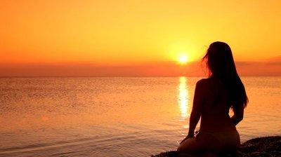 Sunset Bikini Girl Silhouette Gallery