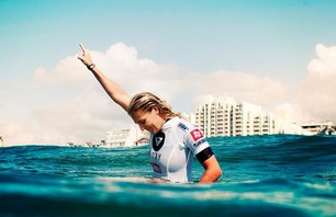 Stephanie Gilmore Gallery - Clinches 5th ASP Title