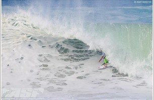 Quiksilver Pro France 2010 Finals Gallery Photo 0008