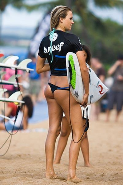 Surfer Girls in Mini Bikinis Gallery