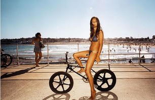 GIRLS on BIKES GALLERY