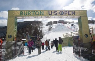 Burton US Open - Men\'s Slopestyle Semis Gallery Photo 0012