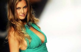 Bar Refaeli Gallery