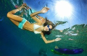 Underwater Girls Gone Wild Gallery