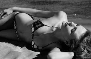 Black and White Beach Babes Gallery