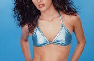Mila Jovovich Loves the Beach Bikini Album Photo 0010